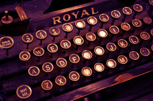 Tastiera QWERTY nella macchina da scrivere