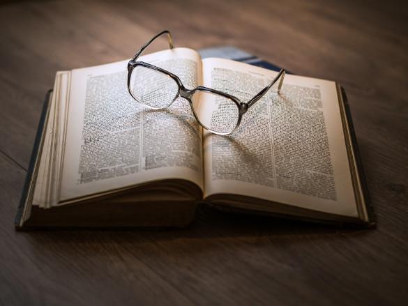 Investire come Warren Buffett: bisogna studiare, leggere, analizzare e ricercare titoli