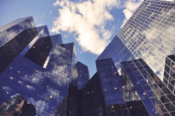 Industria finanziaria tradizionale